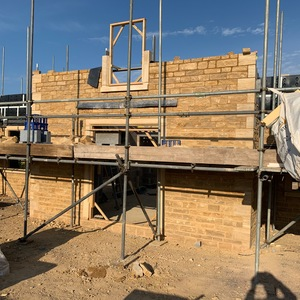Sawn & Split walling stone Sawn quions and window surrounds